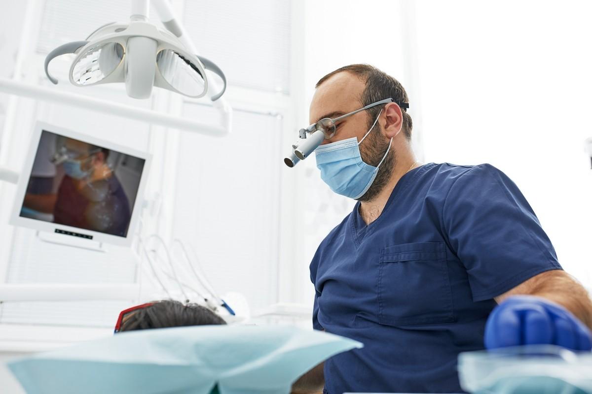 oralnakirurgija-dograditev_kosti_drcuratis